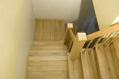 escalier en bois récupéré, essence locale